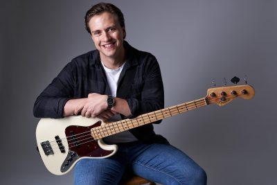 Männerfoto Musikerfoto Bassist Fotograf im Mostviertel